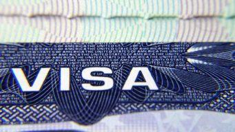 Bloquean requisito para migrantes que solicitan visas