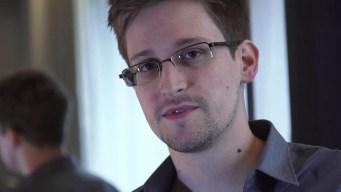 EEUU demanda a Snowden por la publicación de su libro