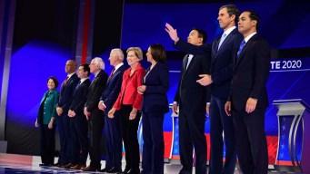 Precandidatos demócratas chocan en el tema de salud