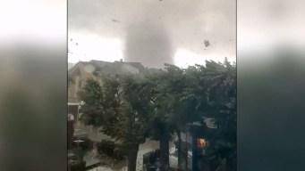 Viral: apocalíptico tornado atraviesa ciudad y deja enormes destrozos