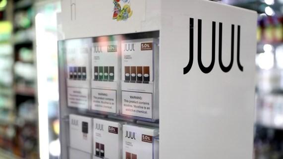 California demanda a Juul por anuncios y ventas