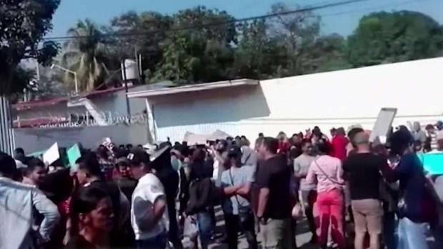[TLMD - MIA] Aumentan cubanos varados en México