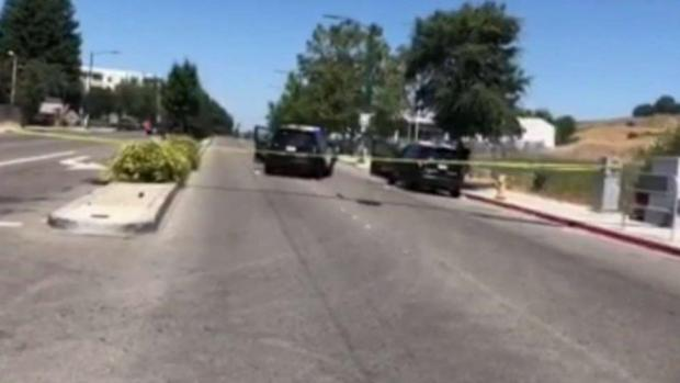 [TLMD - Bahia] Investigan tiroteo involucrando oficial de Hayward