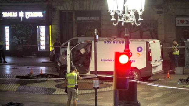 Terror en Barcelona: embestida mortal a peatones