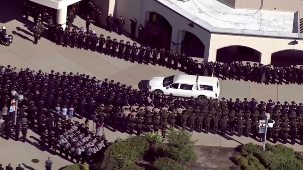 [TLMD - Bahia] Rinden honores a la memoria de oficial asesinada
