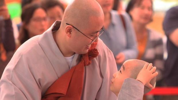 Quiénes son los budistas, los que creen en la reencarnación