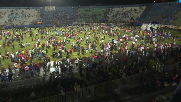 [TLMD - LV] Muertos y varios heridos en Honduras tras graves disturbios en estadio
