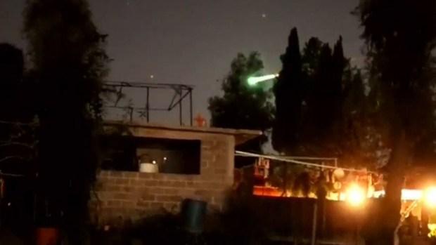 [TLMD - NATL] Captado en video: meteoro alumbra el cielo de la Ciudad de México