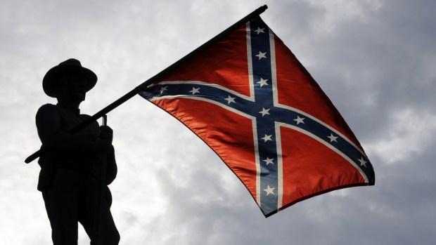 Monumentos de confederados: por qué los quieren eliminar