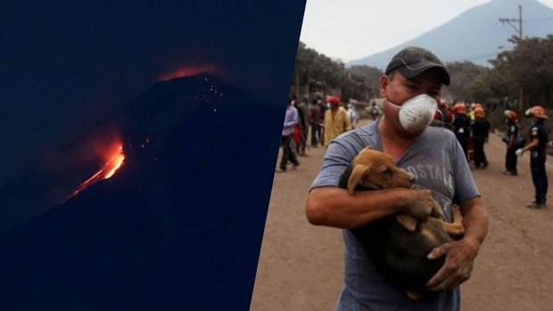 Más lava desciende de Volcán de Fuego; arrastra rocas y árboles