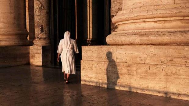Nueva y macabra evidencia: ¿A quién enterraron debajo del Vaticano?