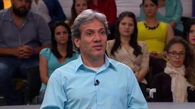 "Caso Cerrado: Mi esposa tiene ""selfitis""-Demandante"