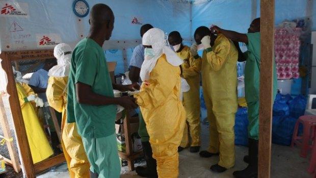 Video: Ébola: Liberia recibe ayuda de EE.UU