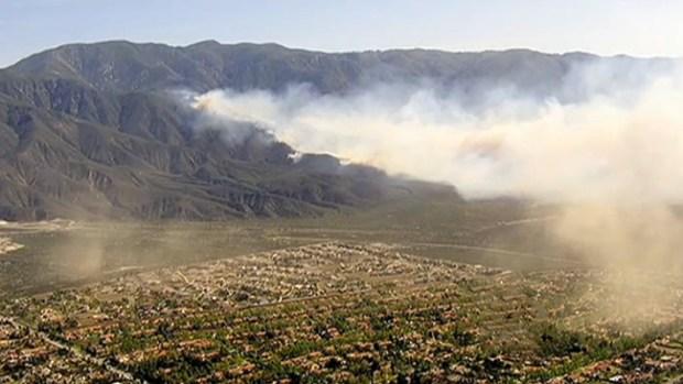 Video: Alerta viva por incendio en California
