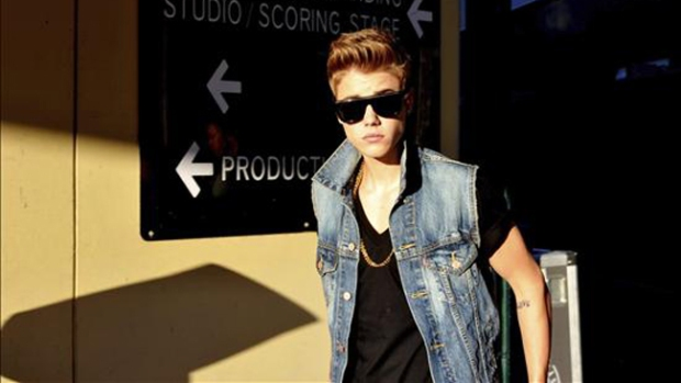Video: Hallan cocaína en casa de Justin Bieber