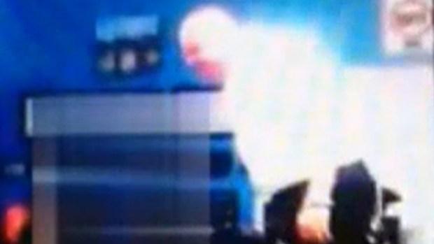 "Video: Maestro ""explota"" contra estudiante"