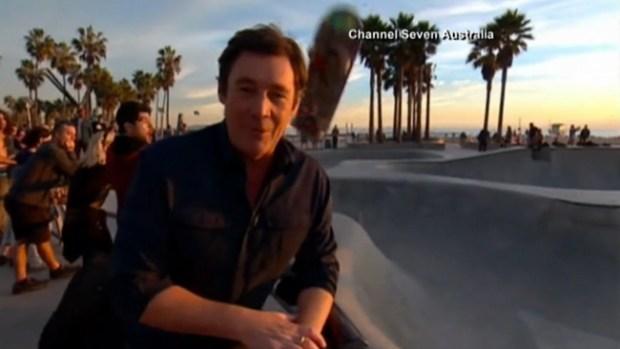 Video: Video: Reportero recibe tremendo golpe