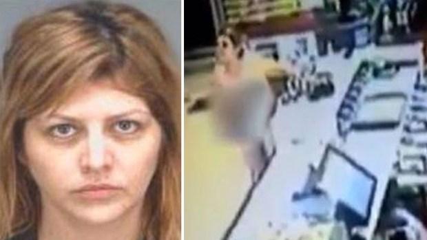 Video: Mujer desnuda enloquece en McDonald's