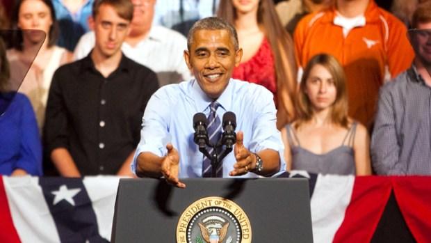 Video: Obama se desvía de la crisis a economía