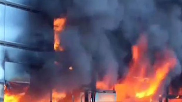 Video: Guerrero: incendian palacio de gobierno