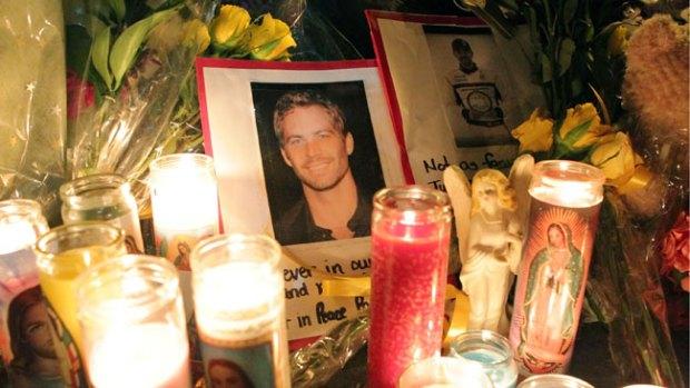 Video: Vigilia para Paul Walker y Roger Rodas