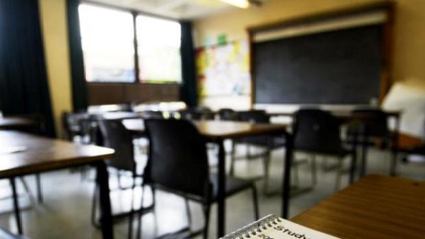 Video: Paliza a inmigrante en aula escolar