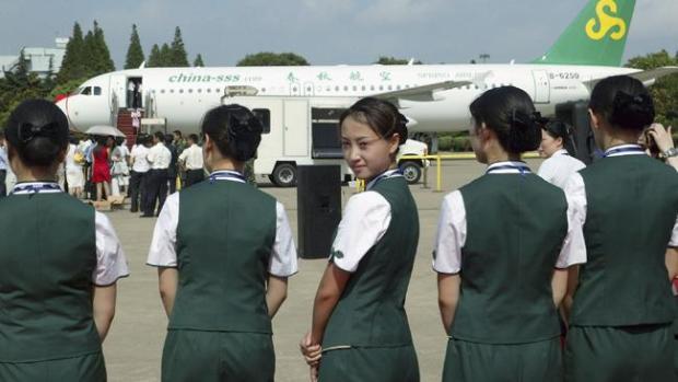 Azafatas: Bellezas mundiales de altos vuelos