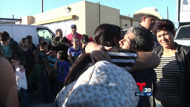 Video: Inolvidable reunión de familias hispanas