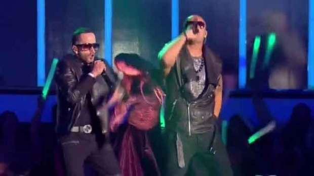 Video: Wisin y Yandel triunfan en festival People