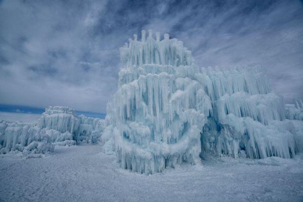 Fotos: Impresionante castillo de hielo en el Medio Oeste