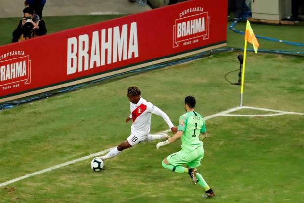 [TLMD - National - LV] Gol de locura pone a Perú 2-0 sobre Chile