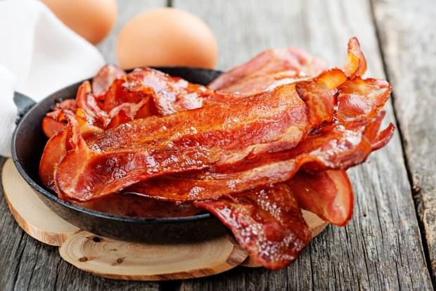 [TLMD - NATL] ¿Empleo soñado? Si amas el bacon, así podrías ganar $1,000 por 8 horas