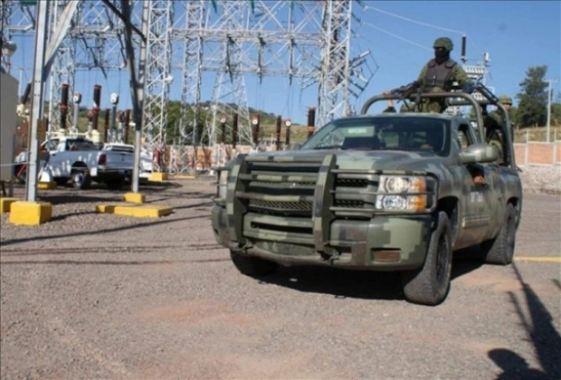 Video: Apatzingán: Abaten a 5 presuntos narcos