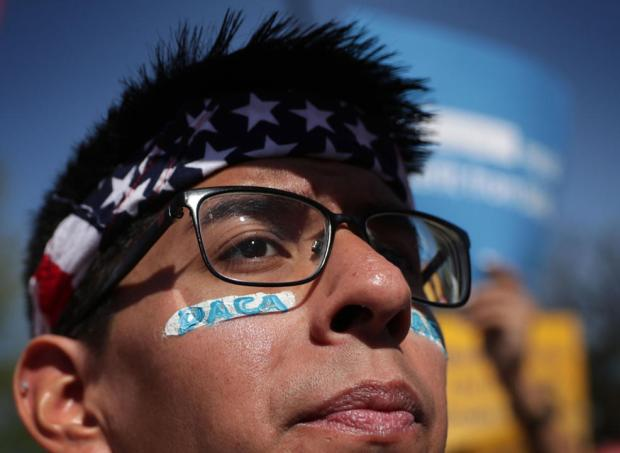 Centro Pew: Datos claves y curiosos sobre beneficiarios de DACA