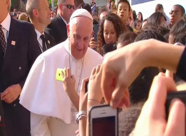 Papa cierra visita a NY en el Madison Square Garden