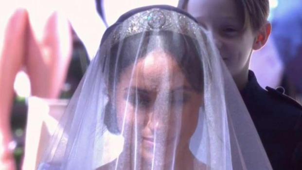 [TLMD - MIA] La impresionante entrada de Meghan Markle hasta el altar