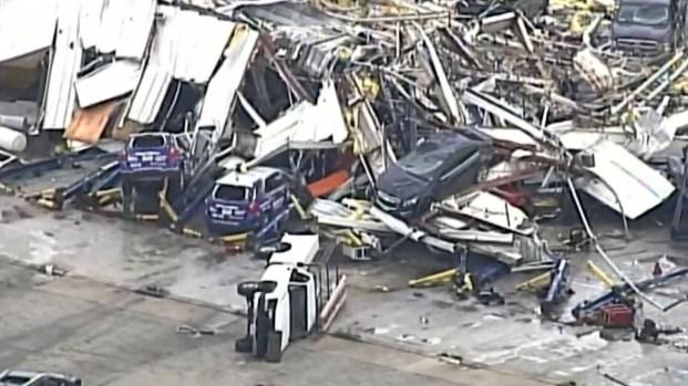 [TLMD - LV] Desde el aire: tornados dejan devastación total a su paso por Missouri
