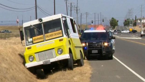 [TLMD - SACTO] Policía persigue sospechoso en carro de helado en Sacramento