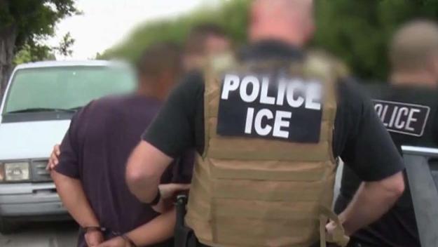 Piden aprobación de ordenanza que protegería a inmigrantes en Berkeley
