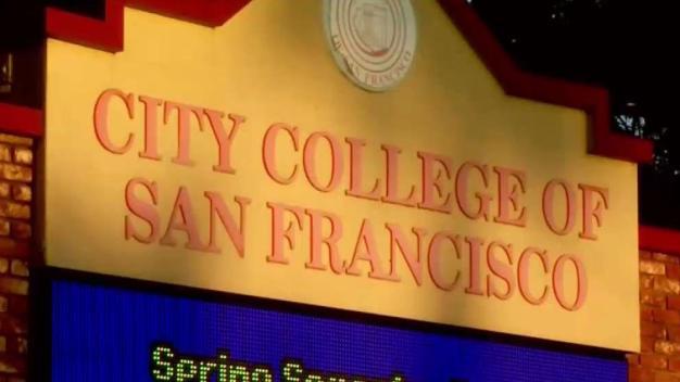 Buscan extender clases gratuitas en colegio de SF