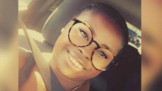 Madre embarazada muere a tiros en Oakland