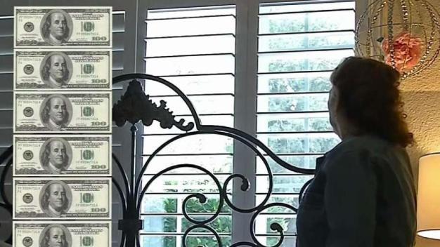 Falso instalador de persianas