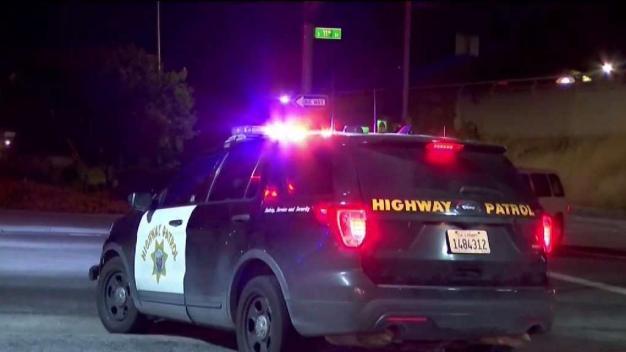 Siguen investigando balaceras en autopistas en la Bahía