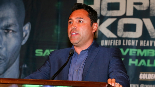 Demandan a Oscar de la Hoya por agresión sexual