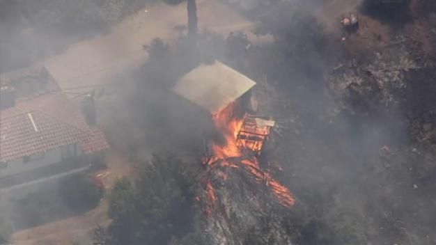 Incendio destruye dos estructuras en San José