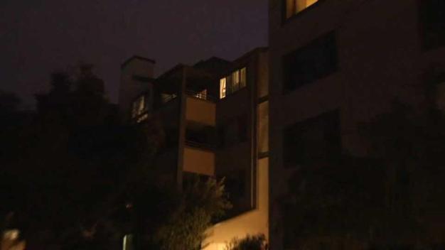 Niño cae desde el cuarto piso de un edificio en Sunnyvale