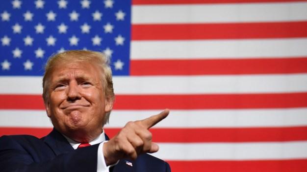 Sondeo: Trump recibe un 62% de desaprobación