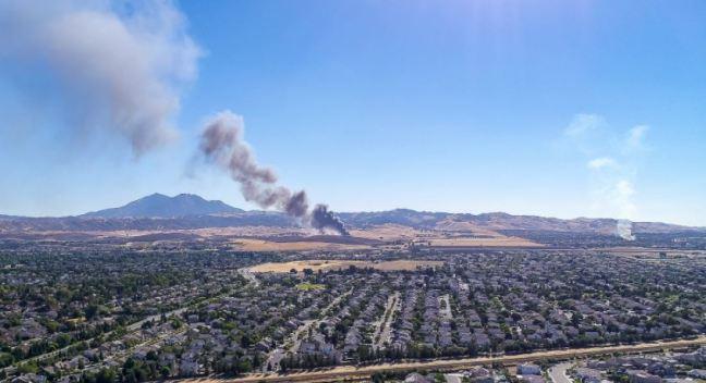 Múltiples Incendios de Estructuras y Vegetación en Antioch