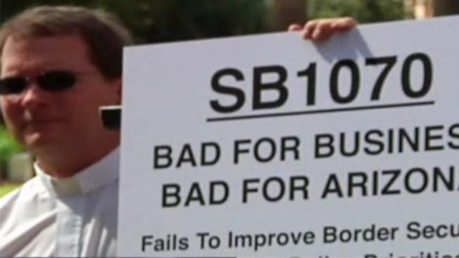 Reviven parte de la controversial ley SB1070