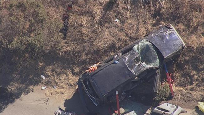 Un muerto por auto que cayó de colina